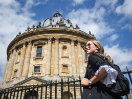 Photo of an Oxford university building